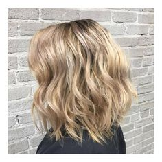 "38 Likes, 2 Comments - Citrus Hair Salon & Extensions (@citrushairsalon) on Instagram: ""Beachy Blonde Bob by Raana Tavassoli @citrushairsalon 🌞👙🐚 ° ° ° #lobhaircut #hairsalonvancouver…"""