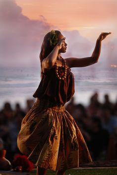 Learn the Hula in Hawaii