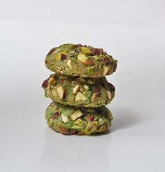 I first tasted pistachio cookies inItaly, about two years ago. My husband and I were searching for Il Gelato di San Crispino that was supposed to serve Rome's best gelato when we chanced u…