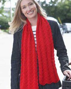 Crochet scarf with texture, in Bernat Satin.