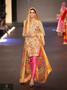Churidar Shalwar Outfits – 18 Ways to Wear Chori Dar Shalwar Salwar Kameez, Churidar, Kurti, Patiala, Pakistani Bridal, Indian Bridal, Pakistani Outfits, Indian Outfits, Emo Outfits