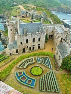Castle of La Latte in Brittany, France.  This impressive castle was built on a small piece of land at the Baie de la Fresnaye in the 13th #Castles| http://famouscastles.micro-cash.org
