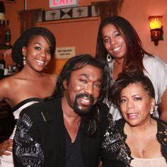 Nick Ashford(Rip), Valarie Simpson and daughters