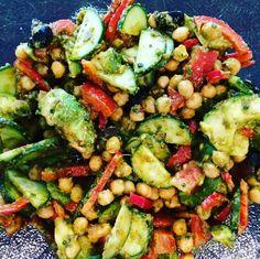 Tanya's Food Experience: Easy, Mediterranean Chickpea Pesto Salad.