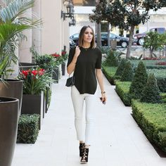 Louise Roe - My Twist on Staple Leather Pants - Fall fashion tips - Front Roe fashion blog 0