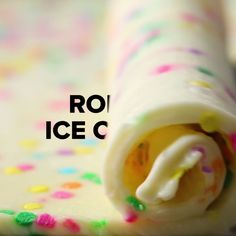 Homemade Rolled Ice Cream remeber its sweet so cut done suze on your plate unless you got sweet thooth . Delicious Desserts, Dessert Recipes, Yummy Food, Dinner Recipes, Frozen Desserts, Frozen Treats, Tasty Videos, Recipe Videos, Homemade Ice Cream