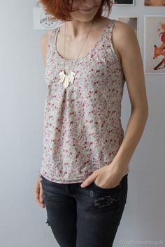 A floral summer top in winter | Nähzimmerblog – A Blog About Sewing and Handmade Stuff