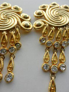Vtg  Etruscan Gold Swirl Earrings Gold Swirls with by RAKcreations