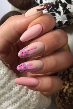 Cute Nails, Pretty Nails, My Nails, Glow Nails, Spring Nails, Summer Nails, Almond Nail Art, Cute Almond Nails, Sharp Nails