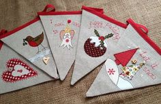 christmas bunting - Google Search Christmas Patchwork, Christmas Applique, Christmas Embroidery, Christmas Fabric, Christmas Stockings, Christmas Sewing Projects, Christmas Crafts, Christmas Ornaments, Christmas Wreaths