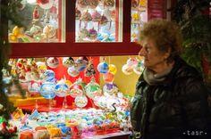OBRAZOM: V Bratislave sa začali Vianoce, otvorili tradičné trhy - Regióny - TERAZ.sk Food, Essen, Meals, Yemek, Eten