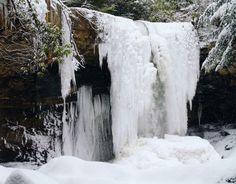 Frozen_Waterfall_Ohiopyle_State_Park.jpg (1024×801)