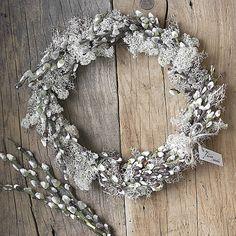 KvetinovyObchodik / Veľkonočný veniec NATUR striebristý