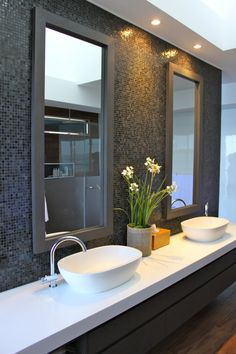Every bathroom remodel starts with a design concept. From full master bathroom renovations, smaller sized visitor bath remodels, and bathroom remodels of all dimensions. Dream Bathrooms, Beautiful Bathrooms, Small Bathroom, Bathroom Storage, Master Bathroom, Bathroom Wall, Bling Bathroom, Silver Bathroom, Glass Bathroom