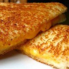 kitchen tricks, bread, grilled cheese sandwiches, lunch, chees sandwich, sandwich recipes, grilled cheeses, grill chees, comfort foods