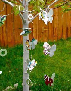 sodas, idea, veggie gardens, butterflies, mobiles, pop cans, wind chimes, diy, soda can crafts