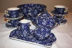 I adore Burleigh Pottery! Blue Calico is their #1 selling pattern.