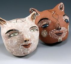 Sculptures by Jenny Mendes.