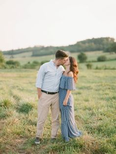 Gorgeous countryside Georgia e-sesh: http://www.stylemepretty.com/2015/09/21/sweet-georgia-countryside-engagement-session/ | Photography: Simply Sarah - http://simplysarah.me/