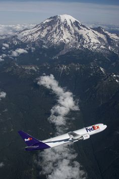 A beautiful view of the new FedEx #B767.