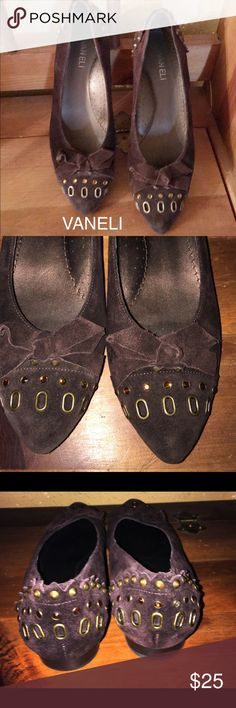 Unique Suede Flats By Vaneli 9.5N These shoes are so pretty💕💕they do show some normal wear. My price will reflect the condition. I bought these at Nordstrom a couple of years ago. I wear  a 9M and they fit me fine. Great shoes! Vaneli Shoes Flats & Loafers