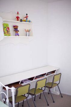 kids desk. Need this for my boys