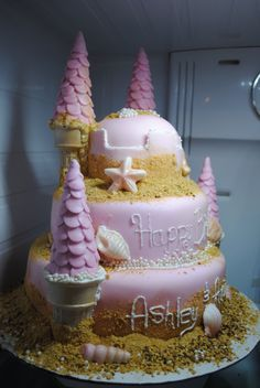 sand castle cake for a little girls birthday!   ~difabulous cakes