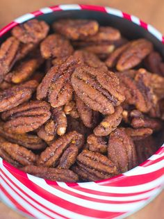 Easy Crock-Pot Cinnamon Pecans... http://chocolatecoveredkatie.com @choccoveredkt