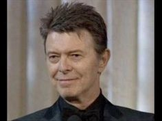 David Bowie is currently working on something that takes him back to his Ziggy Stardust beginnings, and we honestly couldn't be more excited. Bowie is David Bowie Wife, David Bowie T Shirt, Black Tie White Noise, Album, Los Grammy, Stages Of Writing, Major Tom, Rock Legends, Spongebob Squarepants