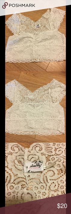 Free people bandeau. Fits 38 c/d. Washed and worn once. Very nice. Lined. Free People Intimates & Sleepwear Bandeaus