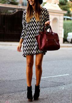 How to Wear Chevron Print Clothes - Glam Bistro Look Fashion, Autumn Fashion, Womens Fashion, Fashion Hair, Spring Fashion, Girl Fashion, Fashion Dresses, Fashion Trends, Vestido Dress