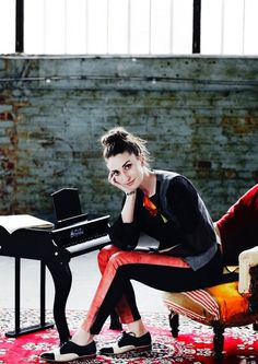Sara Bareilles- simply a goddess. I wish I could pull off oxfords like her.
