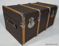 http://la-malle-en-coin.com/Malles-cintrees/malle-courrier-rc1351.html