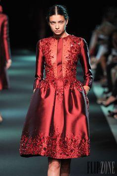 Georges Hobeika - Couture - Fall-winter 2013-2014 - http://en.flip-zone.com/fashion/couture-1/fashion-houses/georges-hobeika-3976 - ©PixelFormula