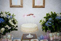 chá de bebe revelaçao Glass Vase, Table Decorations, Home Decor, Baby Gender, Party, Ideas, Homemade Home Decor, Interior Design, Home Interiors