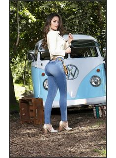 Sexy Outfits, Fashion Outfits, Womens Fashion, Fashion Hair, Sexy Jeans, Skinny Jeans, Combi Vw T2, Vaquera Sexy, T6 California