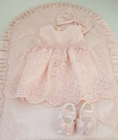 Baby dress set pink baby dress baby lace dress infant dress baby dress gift infant dress pink infant dress dress with lace – Artofit Smocked Baby Clothes, Bitty Baby Clothes, Pink Toddler Dress, Baby Dress, Dress Set, Baby Girl Dress Patterns, Little Girl Dresses, Baby Blessing Dress, Baby Girl Birthday Outfit