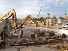 This is a great shot of the old eastbound I-10 bridge at Prince Road in Tucson being demolished.