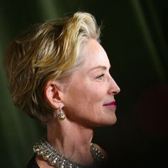 Sharon Stone Short Hair, Sharon Stone Hairstyles, Bob Haircuts For Women, Older Women Hairstyles, Celebrity Hairstyles, Hair Cuts For Over 50, Short Hair Cuts For Women, Dance Hairstyles, Cool Hairstyles