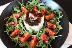 Salada balsâmica de queijo fresco