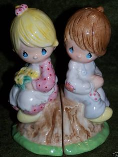 Precious Moments Salt, Pepper Shakers with Box