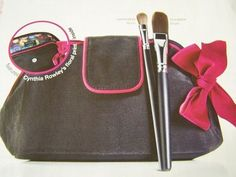Cynthia Rowley Black & Pink Cosmetic Make up bag Foundation & Eye Shadow Brushes #CynthiaRowley
