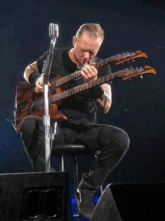 James hetfield and his double neck