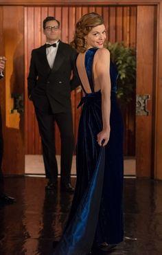 Vestido azul con espalda descubierta. #Velvet #ManuelaVelasco <3