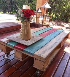 Mesas de Sala, mesas de apoio feitas com paletes de madeira que lhe deixa vontade de ter uma!  #pallet #pallerfurniture