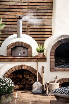 Backyard Kitchen, Outdoor Kitchen Design, Backyard Patio, Outdoor Rooms, Outdoor Living, Outdoor Dining Set, Rustic Outdoor, Outdoor Entertaining, Parrilla Exterior