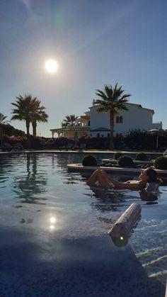 Vila Galé Collection Praia - Albufeira - Algarve © Viaje Comigo Algarve, Photo Snapchat, Dubai Vacation, Cholo Style, Waves Wallpaper, Pretty Wallpapers, Cancun, Summer Vibes, Cool Pictures