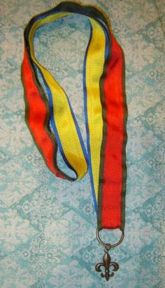 Mother's Pin Brag Ribbon Necklace Lanyard for Cub Scouts and Boy Scouts.