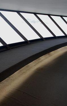 MAC : Museum of Contemporary Art, Niteroi, Rio de Janeiro Brazil | Oscar Niemeyer