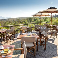 On warm sunny days, guests are treated to breakfast on our expansive boma deck, overlooking the nearby waterhole and Outeniqua Mountain Range at Kwena Lodge.📸 @Raqueldecastromaia . . . #gondwanagram #gondwanagr #gondwanagamereserve #safari#luxurytravel#sustainabletourism #sustainabletravel #travel #travelphotography #meetsouthafrica #southafrica #gardenroute #big5 #safari #big5safari